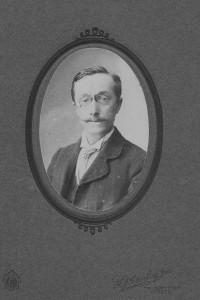 A Boucher organist